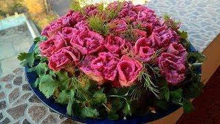 Праздничный салат 'Букет роз'/ Holiday salad 'Bouquet of roses'