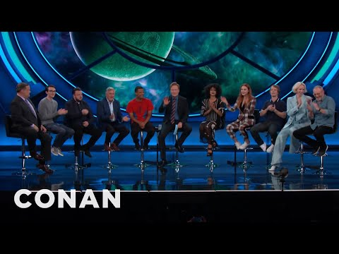 The #ConanCon Audience Hums The Game of Thrones Theme Song   CONAN on TBS