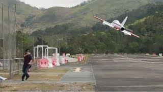RC MB-339 Turbine Jet landing crash by iPhoneX