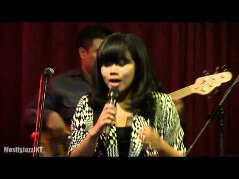 YURA - Kataji @ Mostly Jazz 15/05/14 [HD]