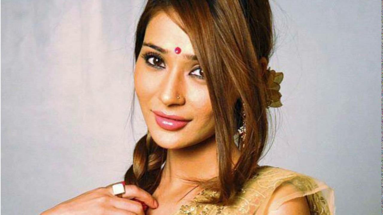 Indian Tv Actress Short Haircut Youtube