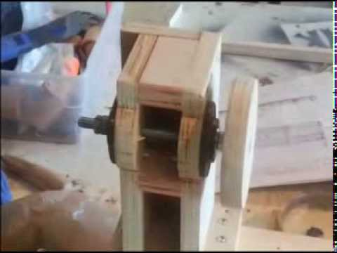 Homemade Lathe (router) copier/duplicator - Part 1- woodworking (plans)