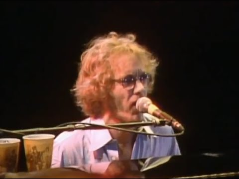 warren-zevon-aint-that-pretty-at-all-10-1-1982-capitol-theatre-official-warren-zevon-on-mv