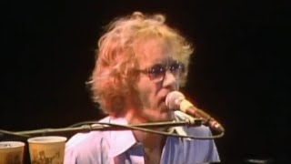 Watch Warren Zevon Aint That Pretty At All video
