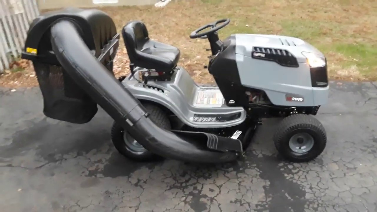 Craftsman Lt2000 Lawn Tractor 19 5hp 500cc 42 With Bagger For Sale Youtube