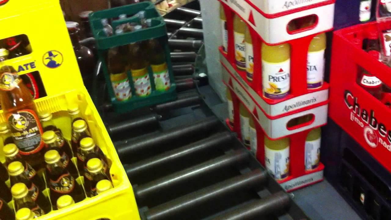Die lustige Kistenrutsche beim P&M Getränkehandel in Bonn - YouTube