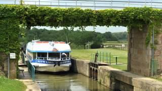 Bateaux & Canaux à Pont-de-Vaux au fil de l'eau