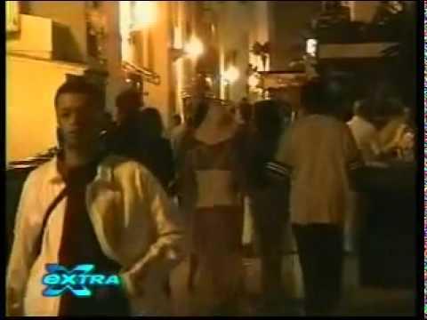 Britney defending her bodyguard (2004)