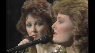 Watch Judds The Sweetest Gift video