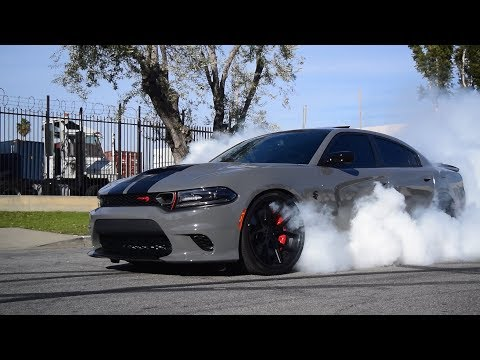 Dodge Charger SRT RedEye Hellcat Burnout!!!