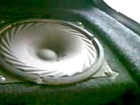 2001года г.у Sony XR-4950X