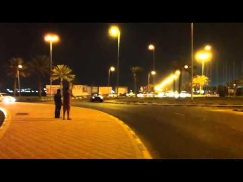 Bahrain Awali Roundabout Land Crusier Drifting Awesome driv