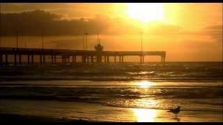 Polygon Window - Quino-phec (morning waves)