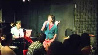 吉武優ぴあのうた2011 ワンマンライブ@浅草ZINC 2曲目 Gift... 作詞/吉...