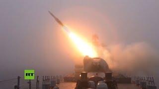 Buques de guerra rusos lanzan misiles durante simulacros en el Lejano Oriente