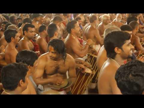 Overwhelming Pancharimelam kalasam_Thottippal Pooram 2015