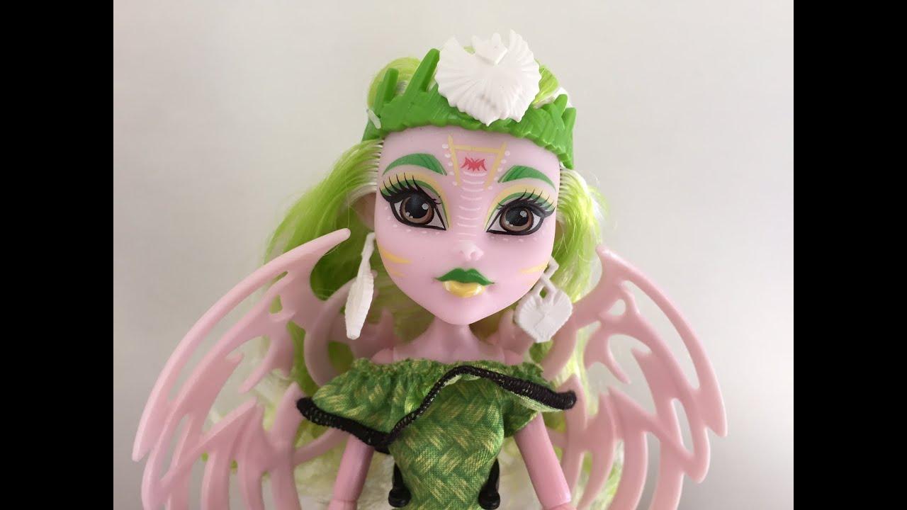 Monster High Doll Batsy Claro Review Deutsch /German - YouTube