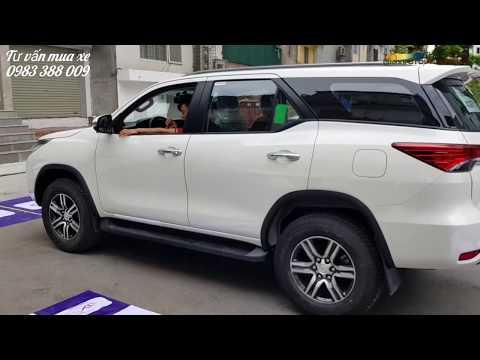 Cận cảnh Toyota Fortuner 2.8G và 2.7V 2019 màu trắng ngọc trinh tại đại lý Toyota, có xe giao ngay.!
