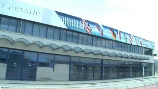 RIMINI: Aeroporto, ok le nuove mete, ma la sicurezza? - VIDEO(Entro il 31 dicembre 2016 si doterà di nuove mete da raggiungere. Così l'Aeroporto di Rimini ha deciso di spiccare il volo dopo che Airiminum è stata ..., 2016-05-23T11:30:15.000Z)