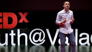 Sin pensamiento critico no eres nadie | Pablo Perez-Paetow | TEDxYouth@Valladolid