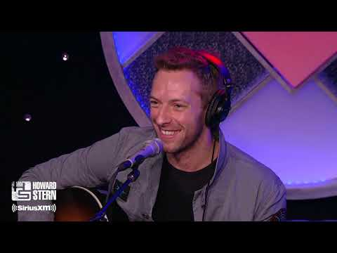 Chris Martin Performs