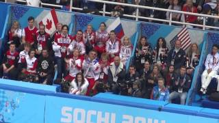 Сборная России и тренер наблюдают прокат Юлии Липницкой