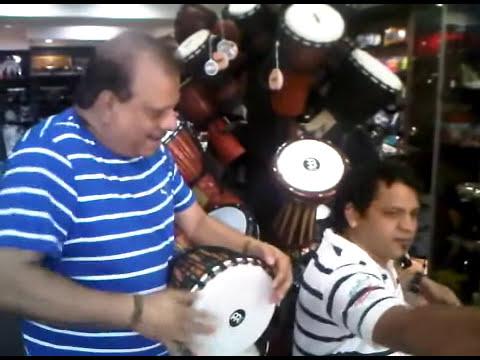 SHYAM EDWANKAR  & MILIND WANKHEDE JAMMING IN BHRGAV MUSIC STORS MUMBAI