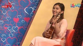 KHÔNG THỂ TIN ĐƯỢC cô nàng Bình Phước đàn hát với ukelele 'cực cool' lại xinh thế này vẫn ế 😱