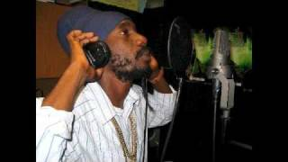 Sizzla - Greater One