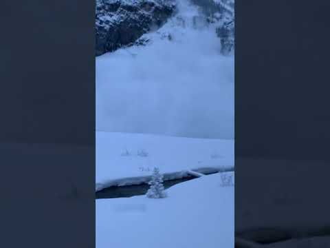 Brother Wease - WATCH: Guy Outruns an Avalanche