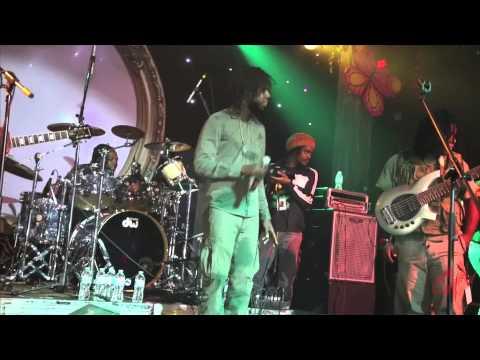 CHRONIXX LIVE @ REVOLUTIONS 2013