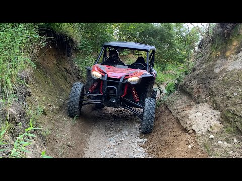 ABANDONED QUARRY RAGING IN THE TALON 1000R!!