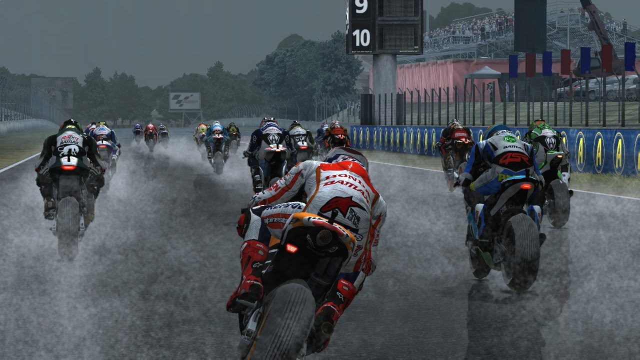 Marc Marquez in Action MotoGP Play HD Wet Race Track Catalunya Montmelo - YouTube