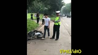 Viral Video Pria Rusak Scoopy Saat Ditilang, Ternyata Motor Milik Kekasihnya