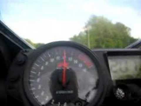 GSXR 1000 0-226 MPH on a Sportbike
