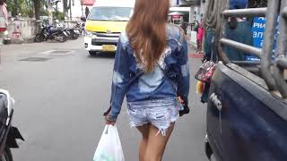 Black Cat In Pattaya Along Soi Bukhao (Walk with GF, Please SUBSCRIBE)