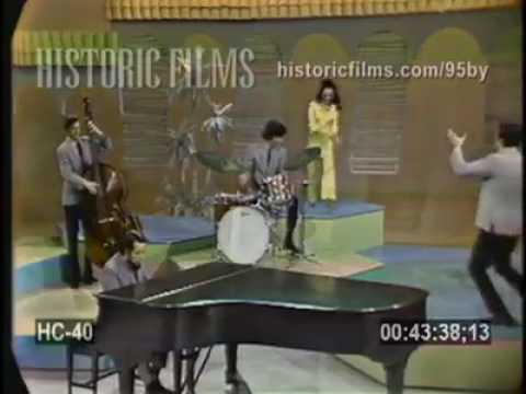 Sergio Mendez and Brazil 66 - Day Tripper(Feat. Eartha Kitt) Live