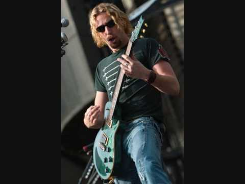Santana feat Chad Kroeger  Why Dont You And I lyrics in description