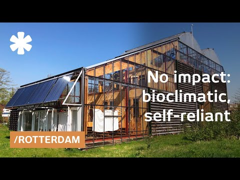 Family tests Rotterdam self-sufficient home within greenhouse