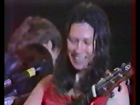 The Breeders - Cannonball + Short Interview French TV October 1993