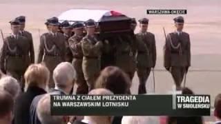 Przylot   Powitanie trumny z cialem Prezydenta Lecha Kaczynskiego w POLSCE