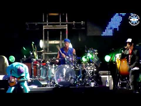 Red Hot Chili Peppers - Monarchy Of Roses (Buenos Aires 2011) [Multicam]