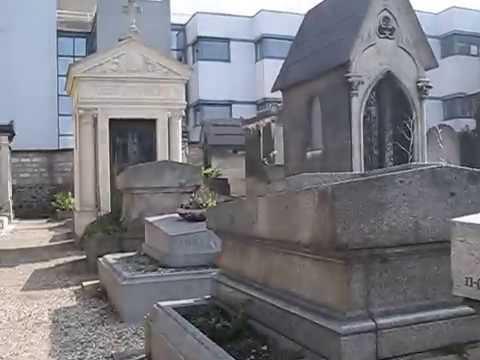 The grave of Dalida. Cimetière de Montmartre. Paris. Могила певицы Далиды. Париж