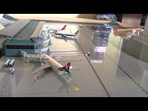 Honolulu international 1:400 scale model airport