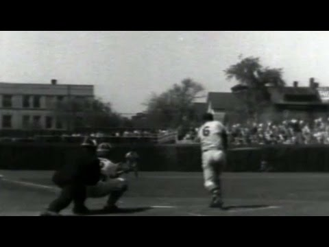 STL@CHC: Stan Musial records his 3,000th hit