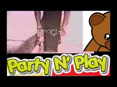 Party N' Play - High Speed Chicken Feed