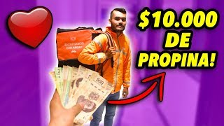 LE REGALO $10,000 DE PROPINA A UN REPARTIDOR! *increíble su reacción*