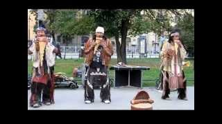 Otavalos Indians в Санкт-Петербурге