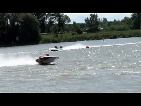 Speedboat Racing - Dunnville Thunder on the grand 2012 TORC