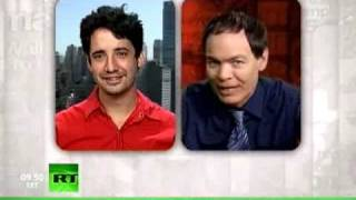 Keiser Report - Markets! Finance! Scandal! (E80) thumbnail
